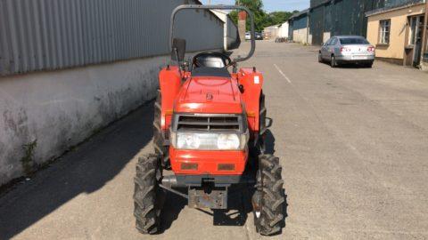 Kubota GL21 small tractor