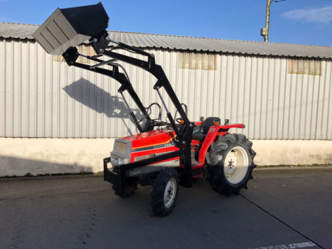 Yanmar FX30S - 30HP tractor with front loader