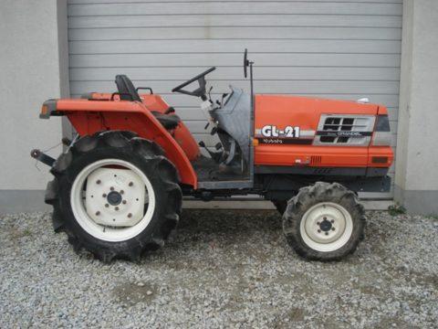 Kubota GL21 compact tractor