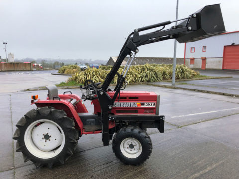 Mini tractor with loader