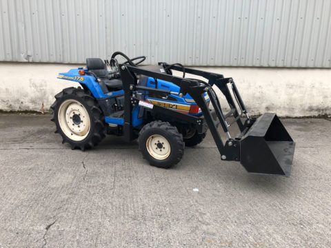 Iseki small tractor with loader