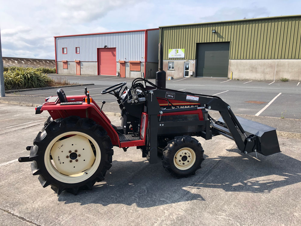 Hp Compact Tractor With Loader on Yanmar Diesel Tractor 4wd
