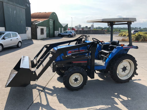 Iseki tractor with loader