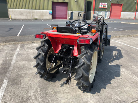 Yanmar 18HP compact tractor with 3-point linkage and rear PTO